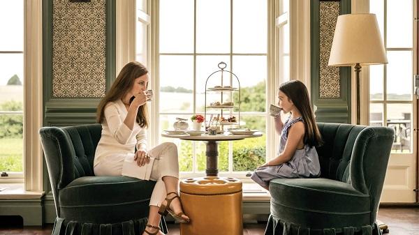 Silent Auction for Cream Tea at the Four SeasonsHotel